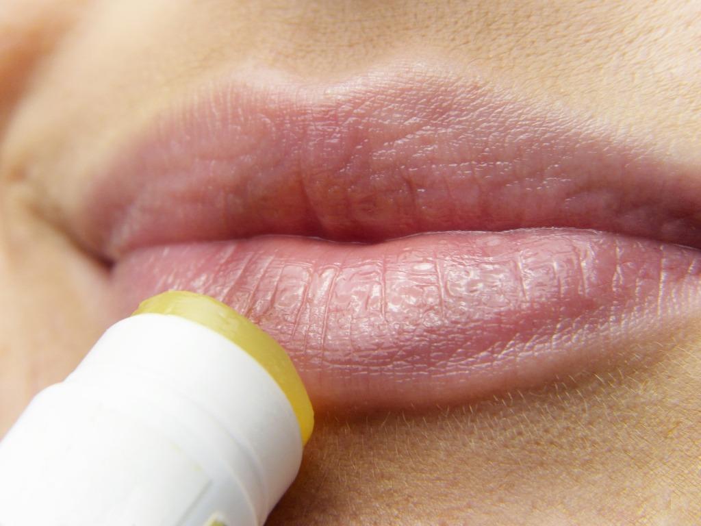 saveti za lepotu - piling usana