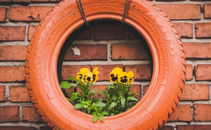 guma-saksija-cveće