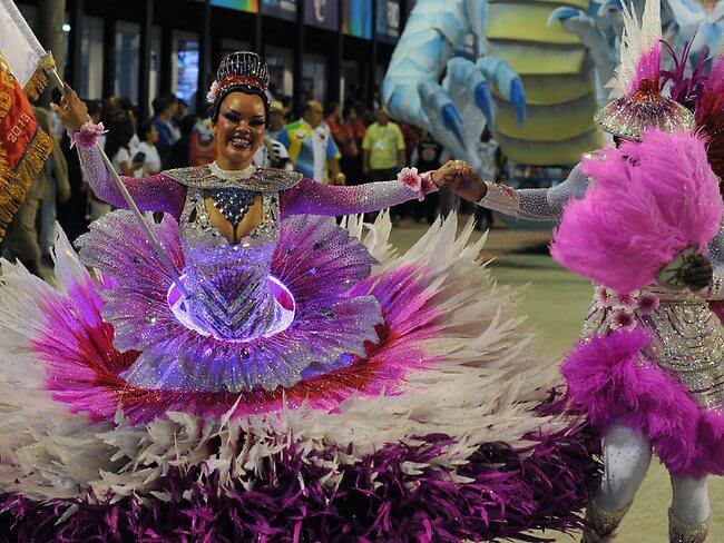 498830-rio-carnival-2013