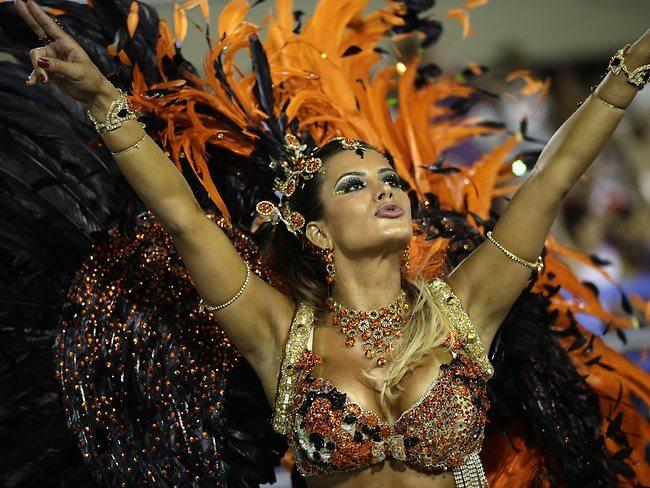 498956-rio-carnival-2013