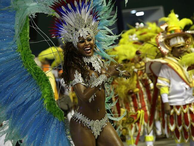 499181-rio-carnival-2013