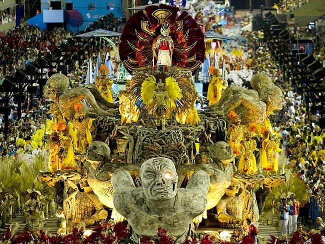 512669-rio-carnival-2013