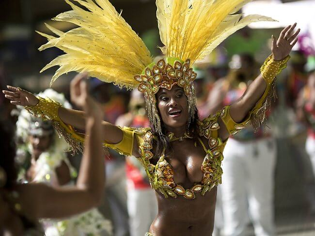 514684-rio-carnival-2013