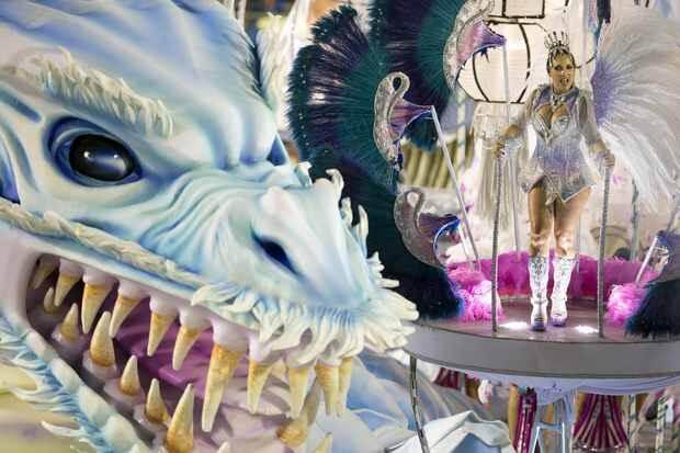 image-11-brazil-carnival-99066973
